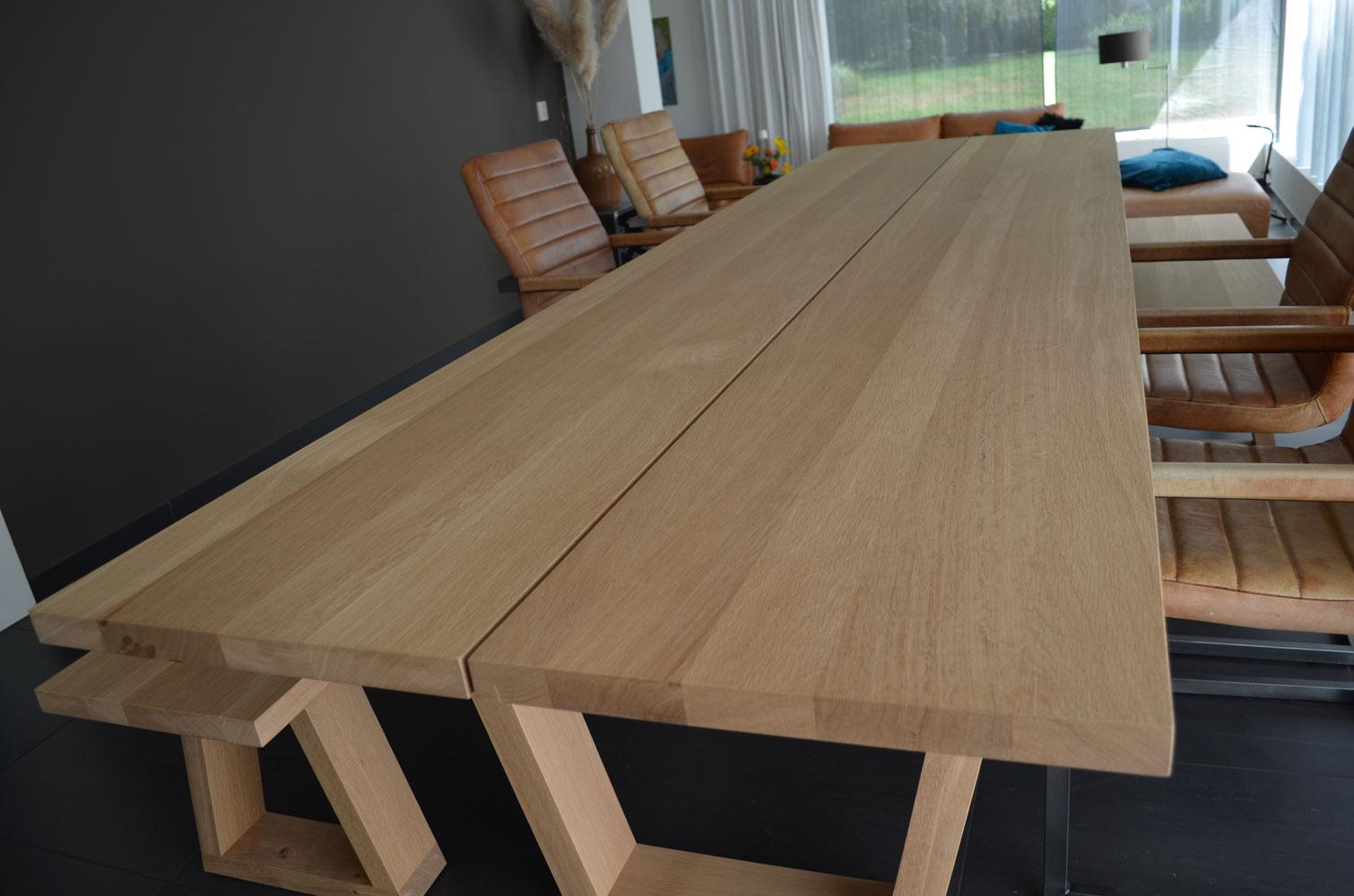 Massief eiken tafel u herald luiten interieur